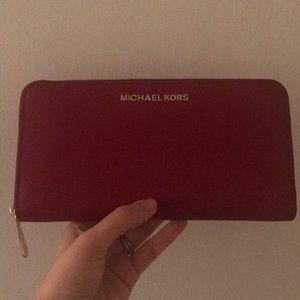 Red Michael Kors Jet Set Travel Wallet NWT